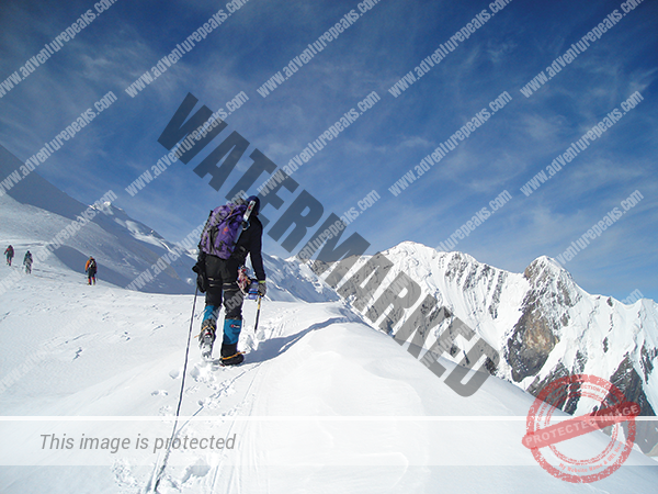 tien-shan-unclimbed-preaks.png