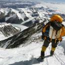 Andy-Edwards-leaving-summit-of-Everest