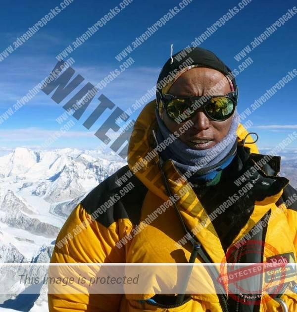 Namgyal-summit-Everest
