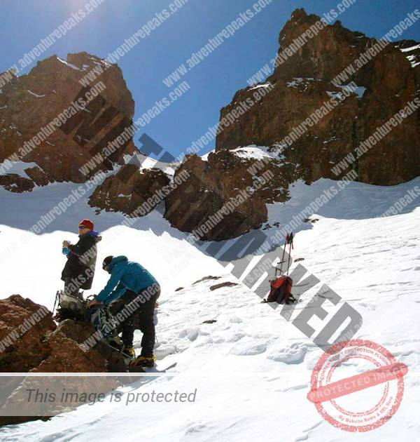 Winter Mountaineering morocco21