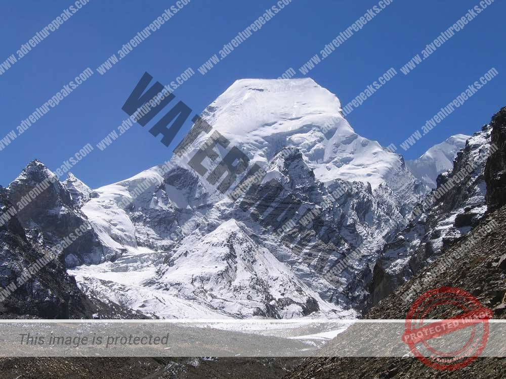 Mount Satopanth expedition