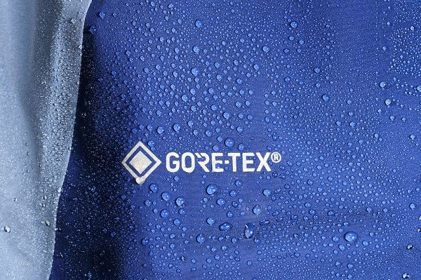 womens_muztag_GTX_jacket_blueprint_QWG_39_BP_goretex_logo_droplets